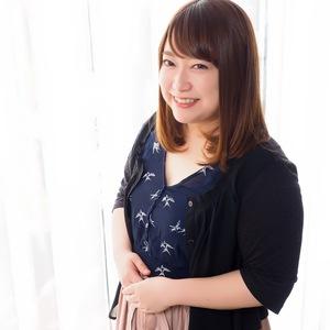 EMI AKOU/赤穂絵美